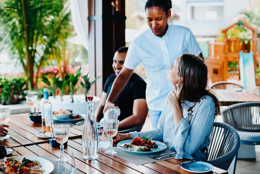 Seeloy Island Club Restaurant - La Balise Marina