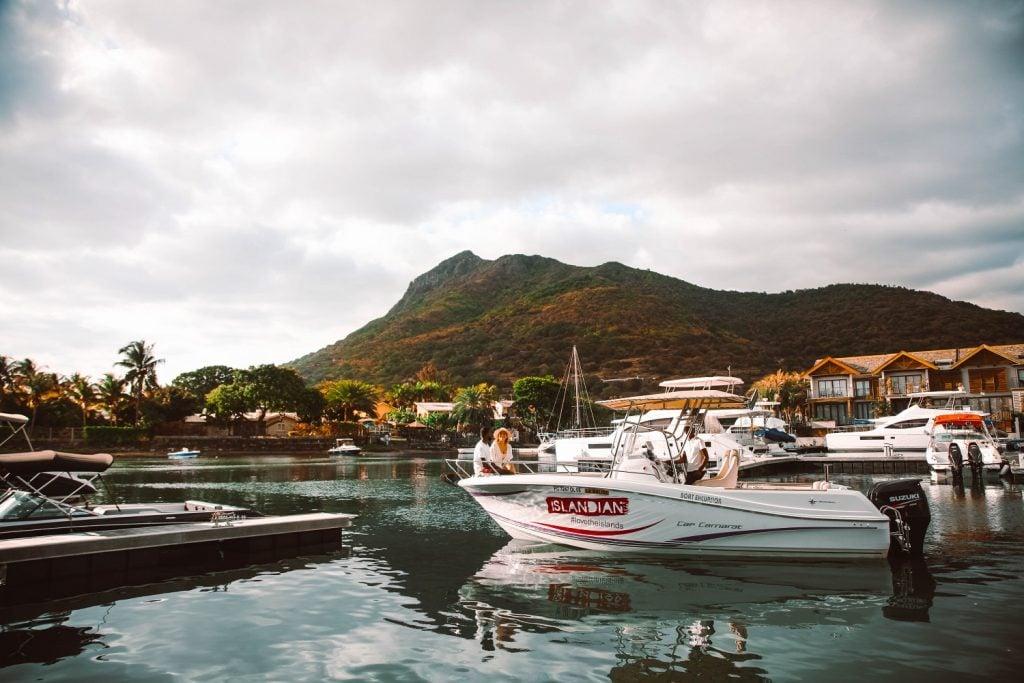 Sundowner Cruise - Seeloy Island Club - La Balise Marina