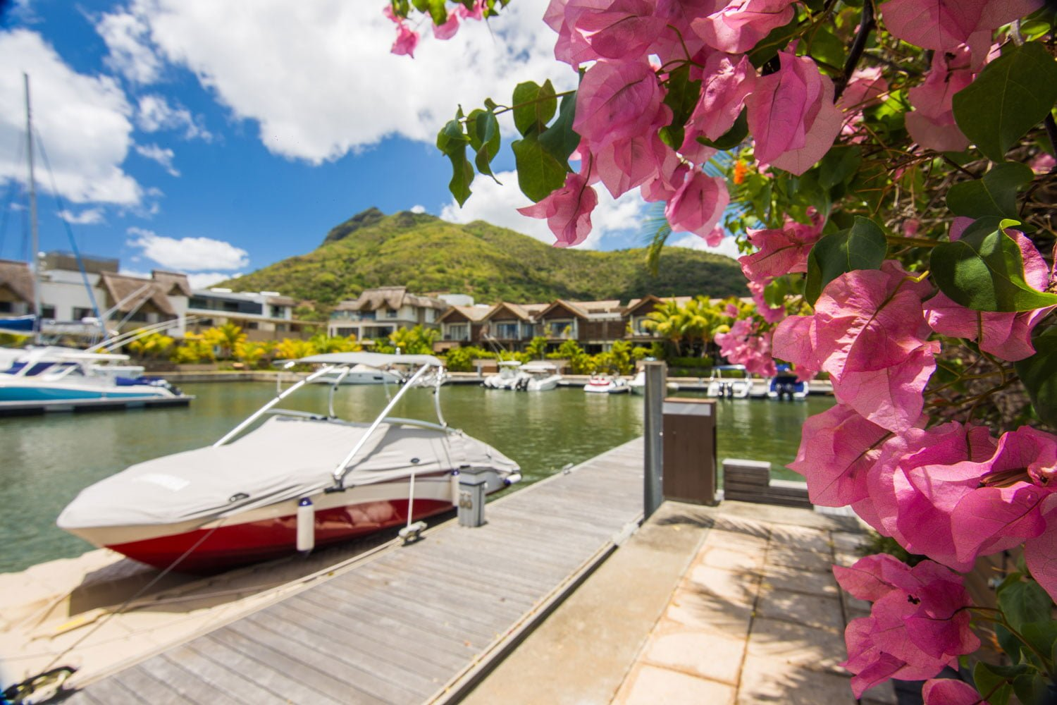 Facilities of international standard at La Balise Marina | Private moorings