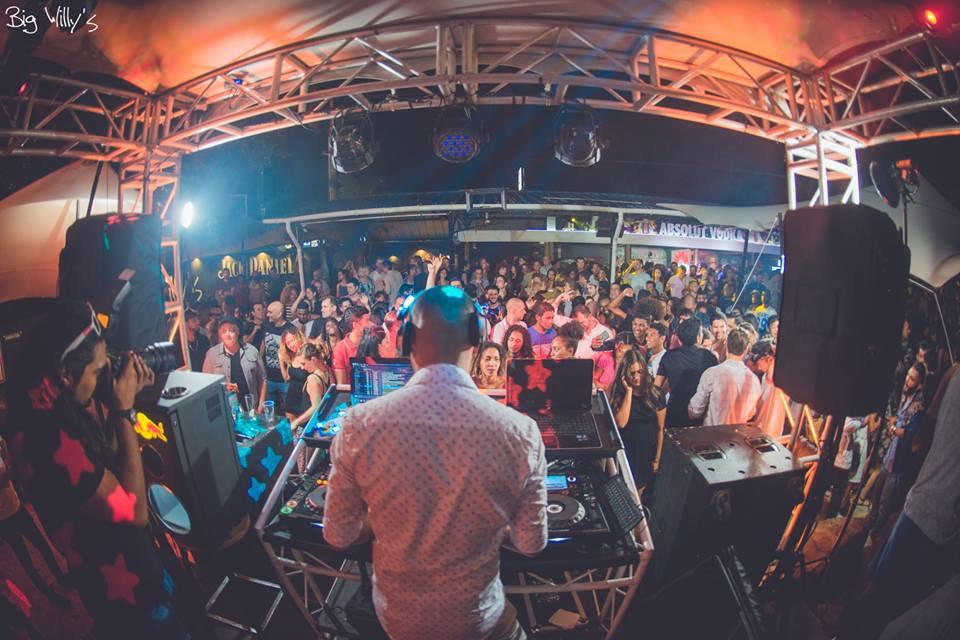 Big-Willy's---Nightclub