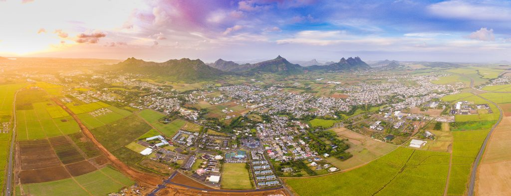 moka smart city, moka ile maurice, investir en immobilier, real estate investment, ville intelligente, drone view, live in mauritius
