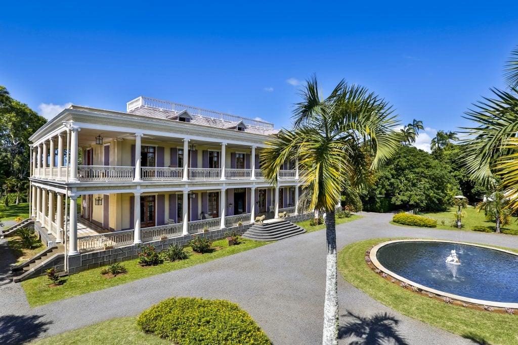 Chateau Labourdonnais - île maurice side drone view - Partez à la découverte de la culture et de l'histoire de l'île Maurice - Live in Mauritius Sotheby's