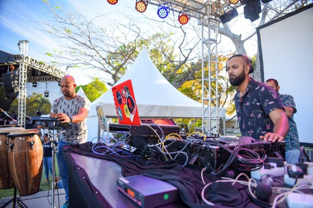 kaz'out, kaz'out festival, festival musicale, musique ile maurice, l'aventure du sucre, dj ile maurice